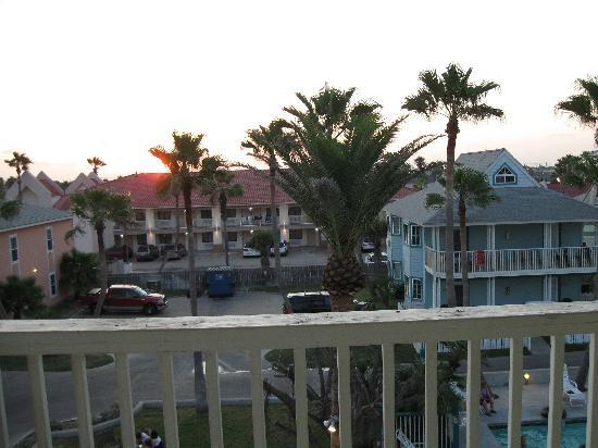 Seashell Village Resort: My favorite feature of this property - the porches!!
