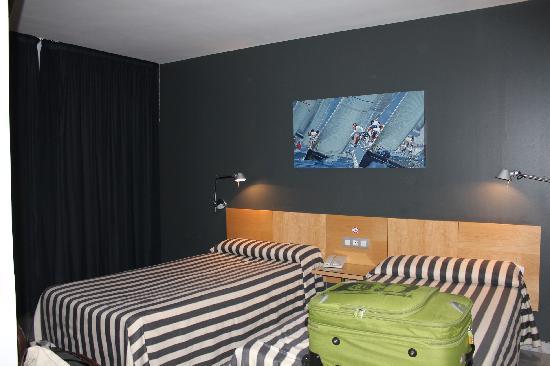 Hotel Nautico : la habitación