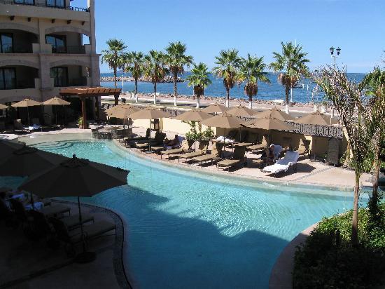 La Mision Loreto: The Pool with bar