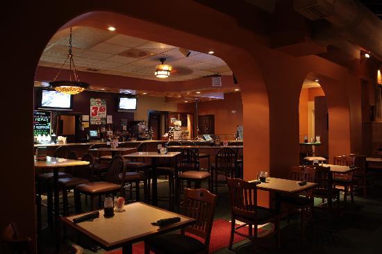 Bowman Restaurant & Pub: Adjacent Seating
