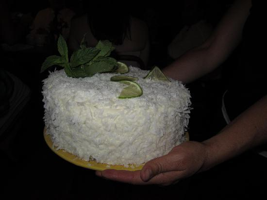 The Green Cup Cafe: coconut cake yum
