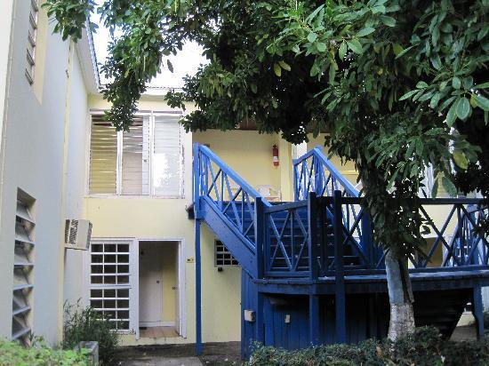 Frigate Bay Resort: Building