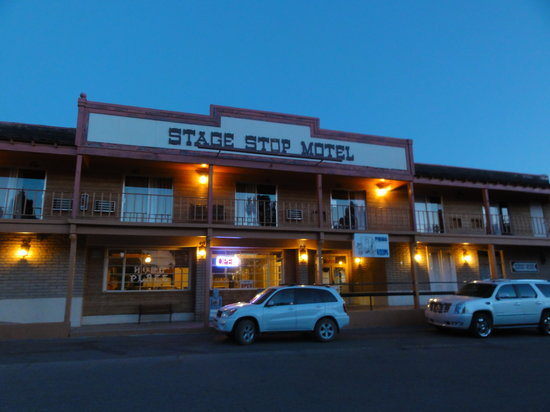 Stage Stop Inn: From outside