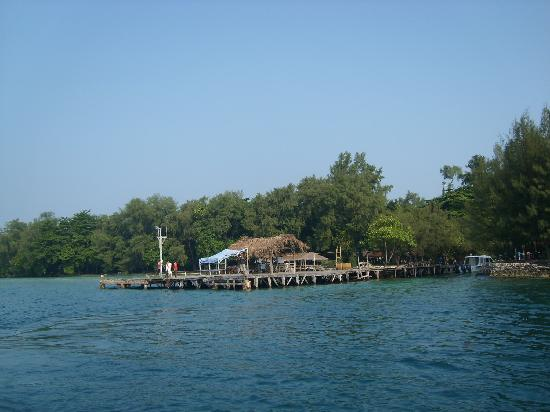 Alam Kotok Island Resort: The access pier, plus one of the snorkeling, diving and fishing areas,