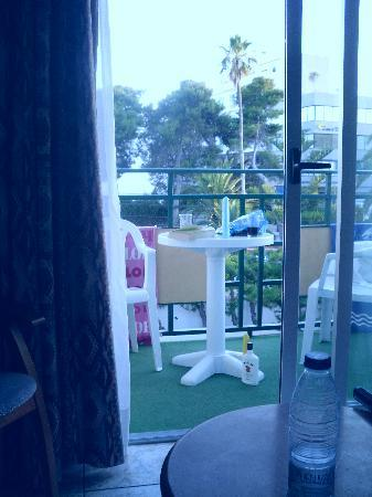 Hotel Tropical: Our balcony!