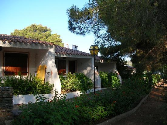 Bungalows photo de villaggio li cucutti budoni for Villaggio li cuncheddi sardegna