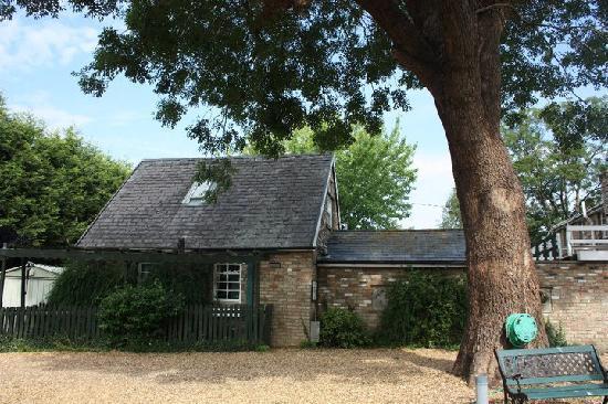 Braywood House: Garden Cottage