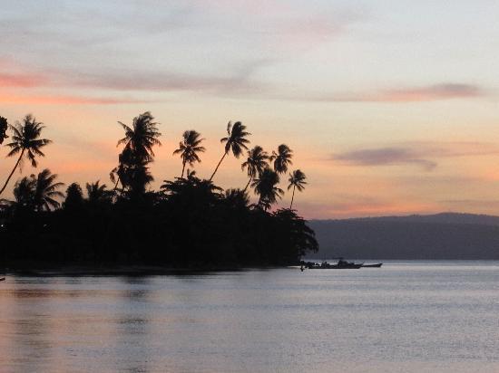 Kabaira Dive & Tours Rabaul : Sunset from Rapopo