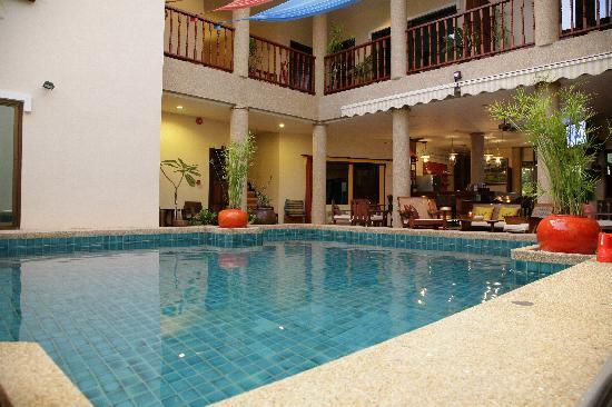 Evergreen Boutique Hotel : Pool