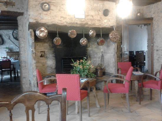 Le Relais du Pouzat: The Bar area