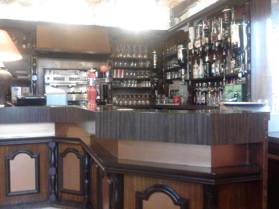 Le Relais du Pouzat: The Bar