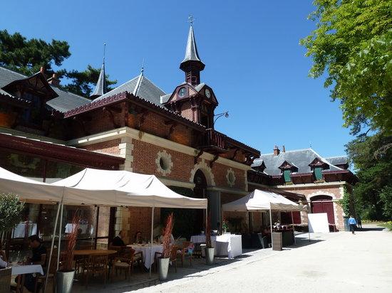 Vue de la terrasse picture of bagatelle restaurant des jardins paris tripadvisor - Jardin de bagatelle restaurant ...