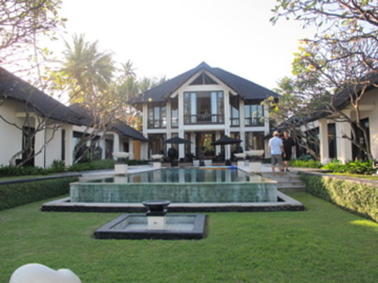 Villa Ylang Ylang: the villa by day