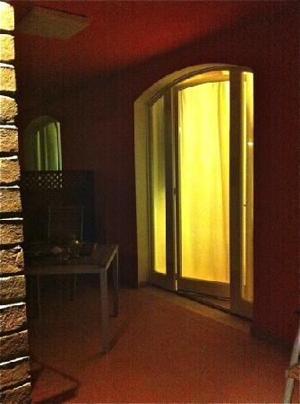 Residence Ombraverde: il portichetto/terrazzo delle stanze