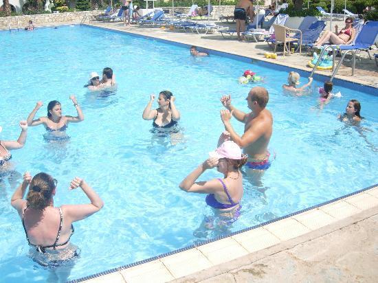 Lakkopetra, Greece: Aqua aerobics