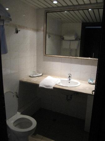 Best Western Pythagorion Hotel: Bathroom
