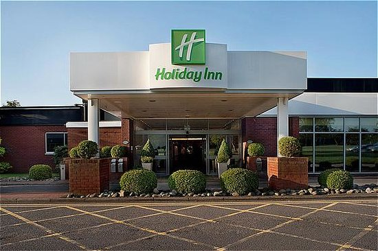 Holiday Inn - Coventry M6, Junction 2: Entrance to the hotel