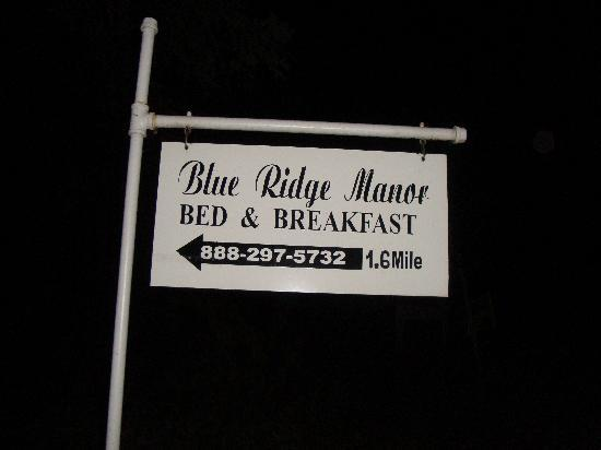 Blue Ridge Manor Bed and Breakfast: Blue Ridge Manor Sign