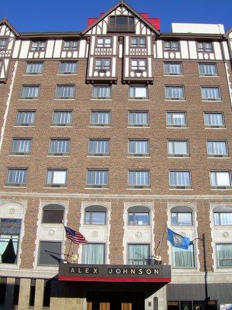 Hotel Alex Johnson Rapid City, Curio Collection by Hilton: The front of the Hotel Alex Johnson