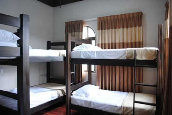 Hostel Casa Colon: Shared Roms