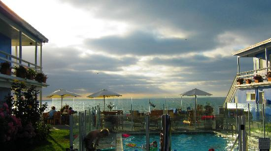 The Inn at Sunset Cliffs: cloudy day