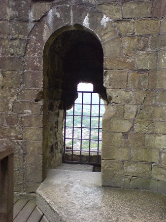 Peveril Castle: Inside the Keep