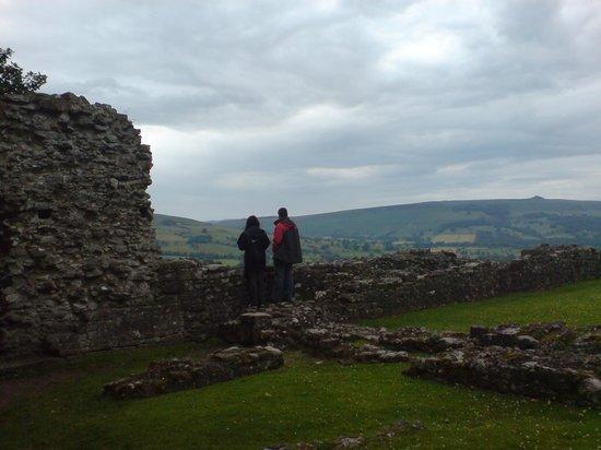 Peveril Castle: Ruins