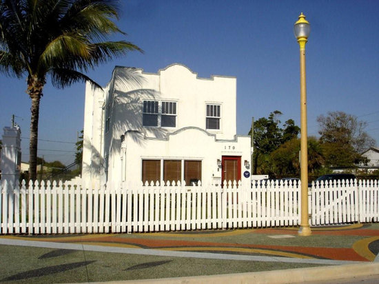 S.D. Spady Cultural Heritage Museum : Learn about Delray Beach's great history, after sunning on our beautiful beaches.