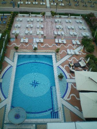 Park Hotel Brasilia: Hotelpool, Bild von oben