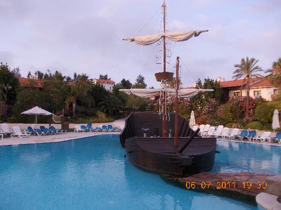 PortAventura Hotel El Paso: pirate ship