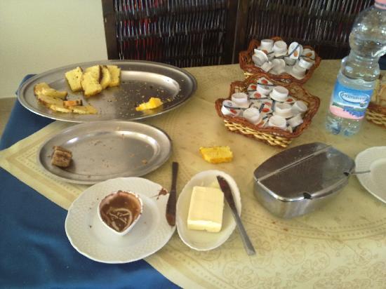 Cagnano Varano, Italy: buffet della colazione