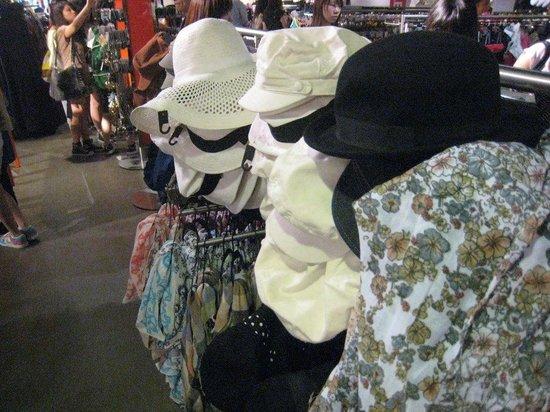 H&M: Hats