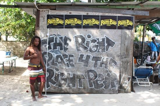 Seven Mile Beach: Ricardo great guy