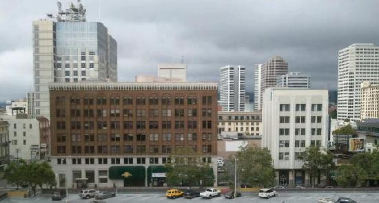 Clarion Hotel-Downtown Oakland: ...room with a view