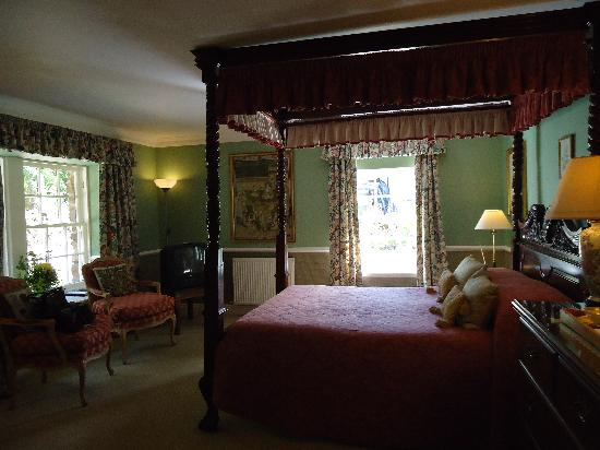 "Kilmichael Country House Hotel: room... ""The Smithy"""