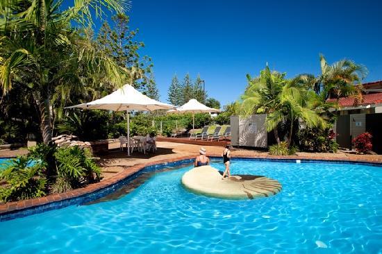 Nautilus Beachfront Villas & Spa: Shell Pool