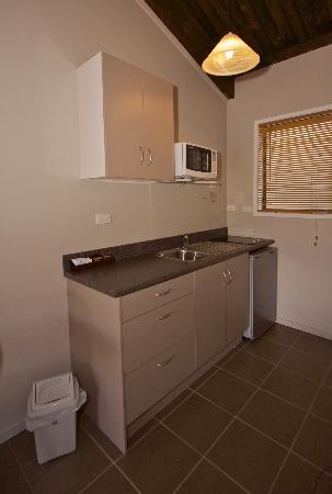 Alpine Motel and Lodge Ohakune: Deluxe Studio Kitchen Facilities