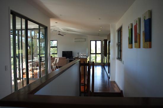 Beach Road Holiday Homes: Oberes Stockwerk, Wohnzimmer, Küche