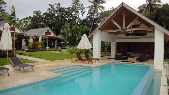 Villa 25: Pavillion & pool