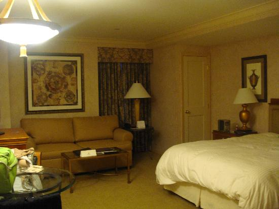 The Manhattan Club : View of Bed and Couch