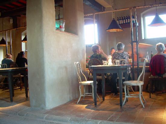 Fonte del Castagno : dove mangiare almeno 1 volta...Ristorante la Fratta...la vera CHIANINA!