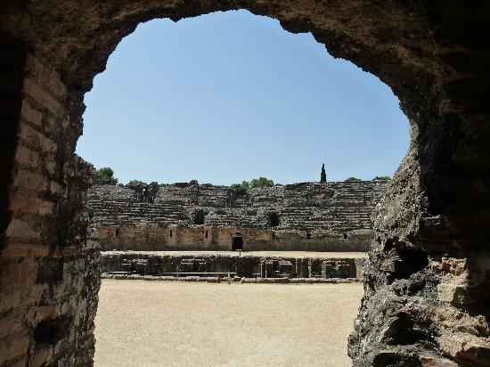 Conjunto Arqueológico Itálica: L'Amphithéâtre