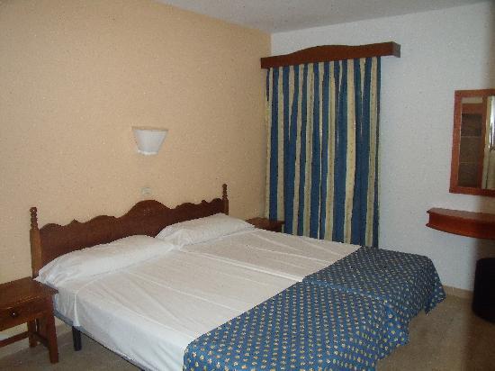 Sol Jandia Mar Apartments : habitacion
