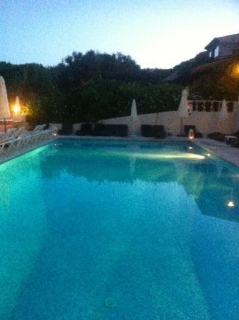 Hotel Mas Bellevue : piscine
