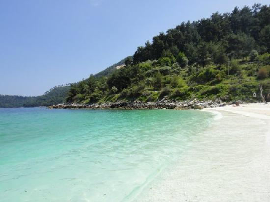 Skala Prinou, Greece: White sand, incredible water