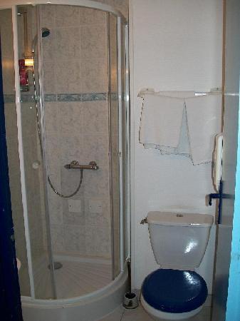 Hotel de la Gare : el baño