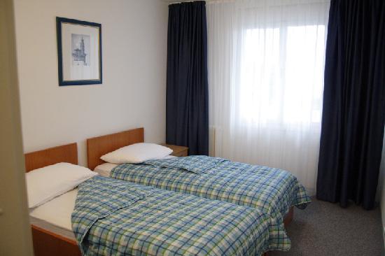 Hotel Zagreb: room