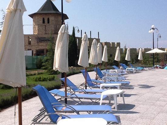 Aquamarine Apartments & Hotel : pool area