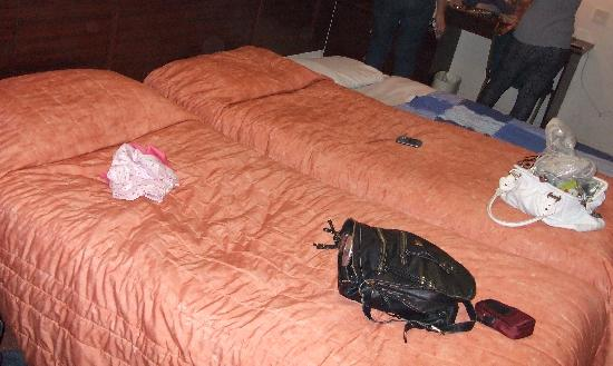 Bayswater Inn: The Dirty Beds With The Broken Camp Bed