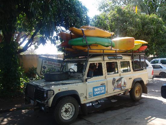 Kayak The Zambezi Day Trips: Pickup from JollyBoys in the African limo